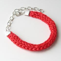 red silk bracelet